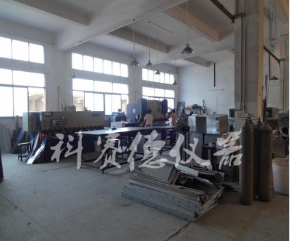 冷热冲击测试设备生产车间